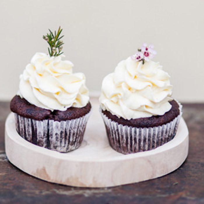 mundus-hannover-candybar-hochzeit-torten-cupcakes-cakepops-presse-05