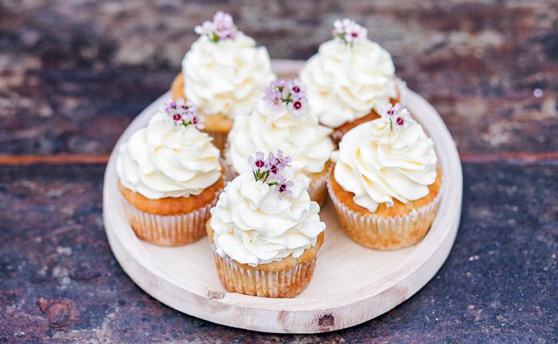mundus-candybar-cupcakes-weiss