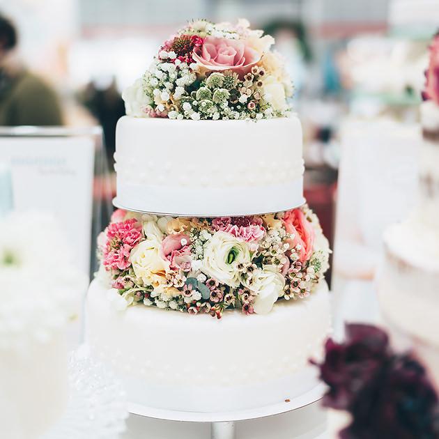 Elegant Wedding Cakes On Pinterest